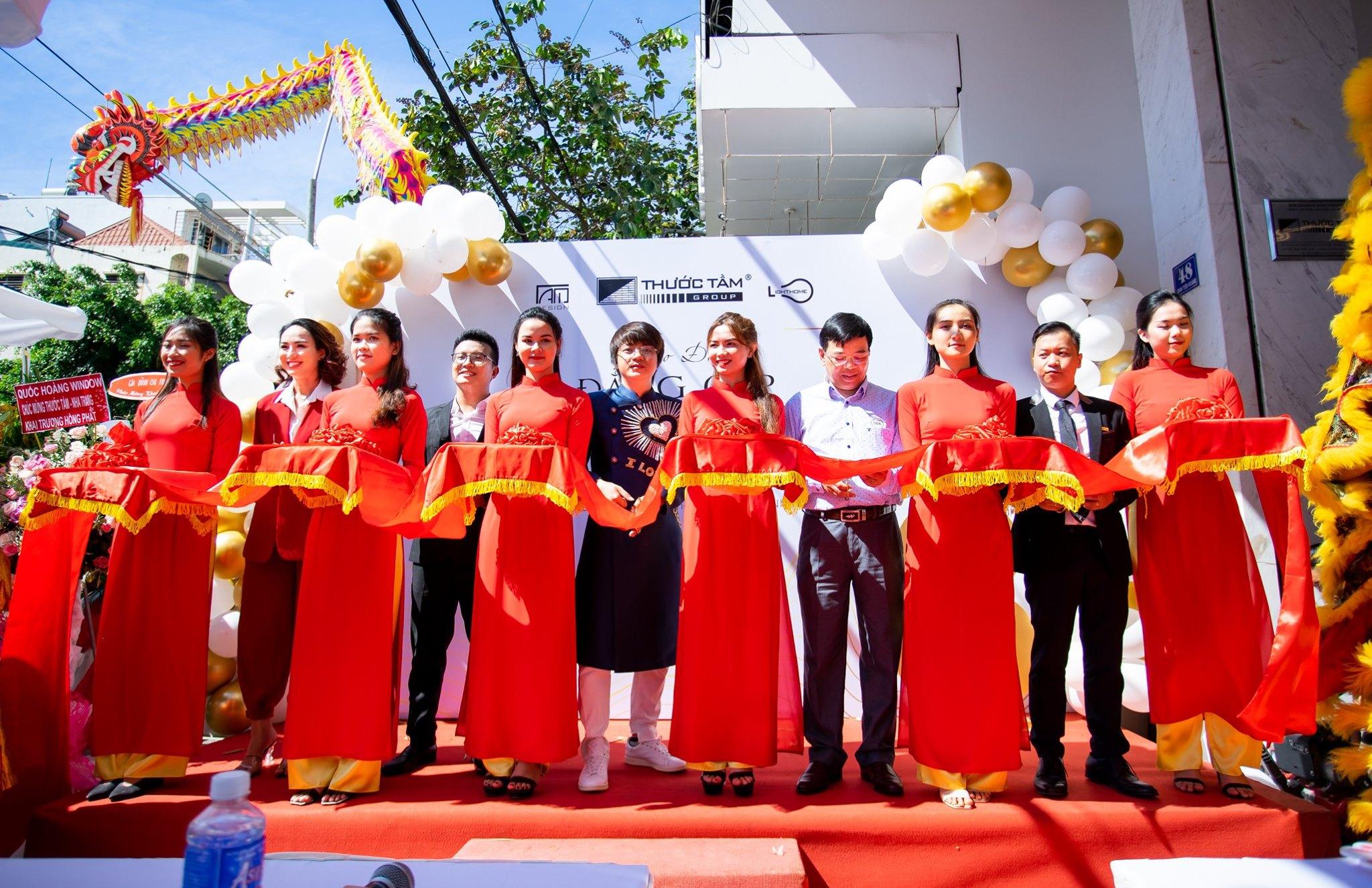 Thước Tầm Group: Tưng bừng khai trương showroom nội thất Nha Trang