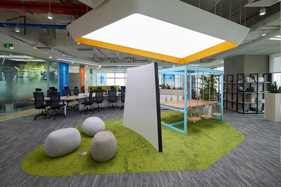 Thiết kế văn phòng không gian mở tạo môi trường làm việc năng động, sáng tạo